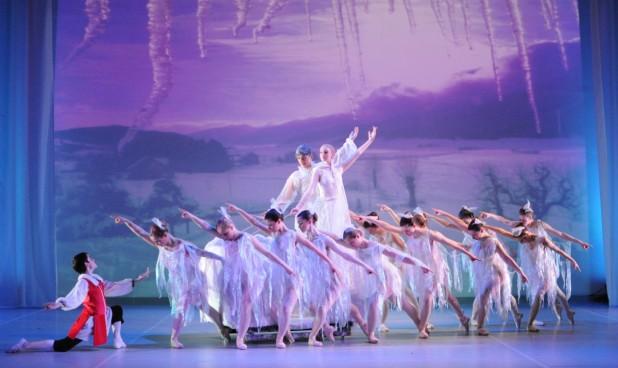 Irish National Youth Ballet, Pavilion Theatre, Christmas 2013