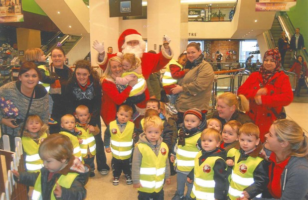 The Wee Tots Visit Santa At Jervis Shopping Centre
